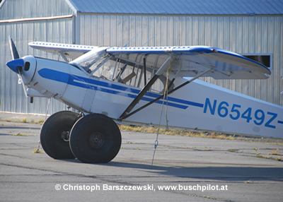 Piper Super Cub PA-18 on tundra tires